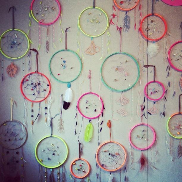 wall of dreamcatchers...: Dreamcatchers Good Booths, Dreams Catcher, Catch Dreams, Booths Backdrops