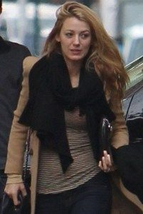 Blake Lively no Makeup VIsit  www.celebgalaxy.com  Celeb Galaxy Features Latest Celebrity News,Celebrity Photos,Celebrity Gossip,Celebrity fashion photos,Celebrity Party Pics,Celeb Families of your Favorite Super stars!