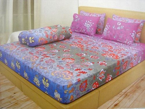 Sprei Ladyrose Disperse by Internal Group 180x200 B4 Murah