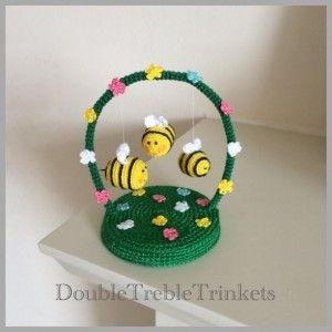 Buzzing Bees crochet pattern by Double Treble Trinkets
