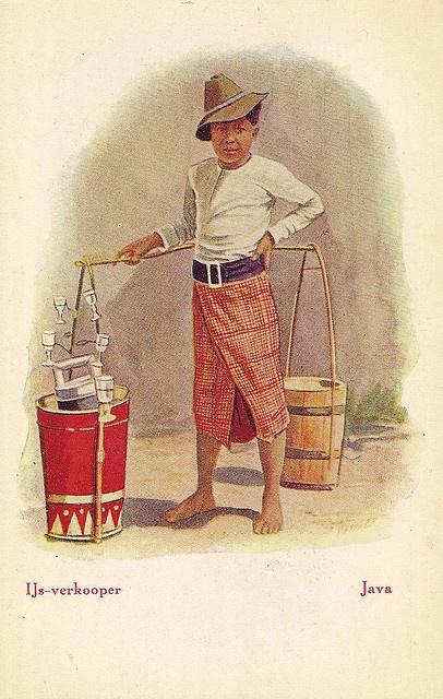 Tempo Doeloe #12 - Ice Seller, 1915