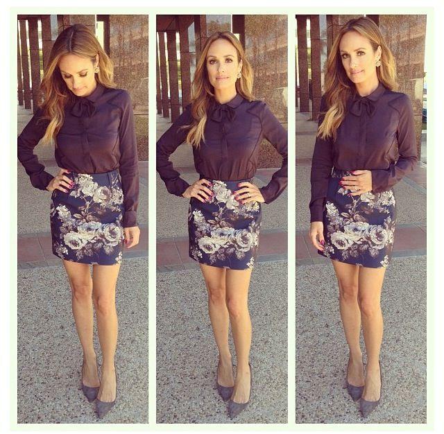Catt Sadler from E News. Love the outfit!!
