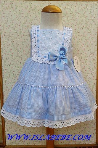 Vestido celeste topitos batista y tira bordada blanca | costura bebe | Pinterest | Html
