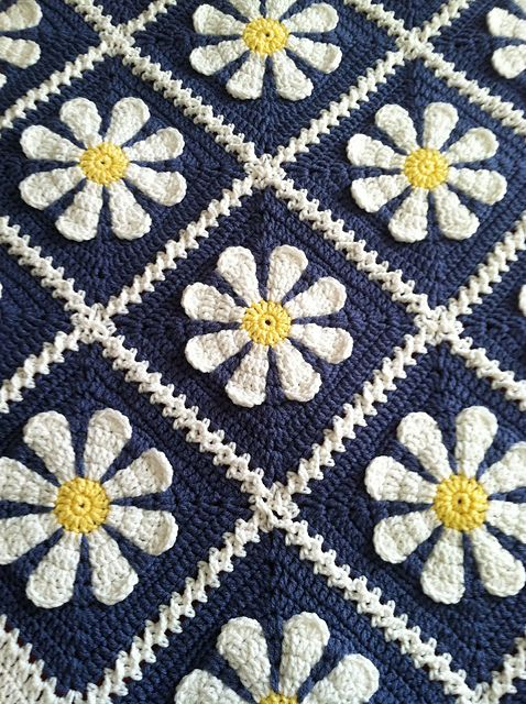 Ravelry: Project Gallery for Daisy Flower Crochet Charity Square pattern by Krystal Nadrutach