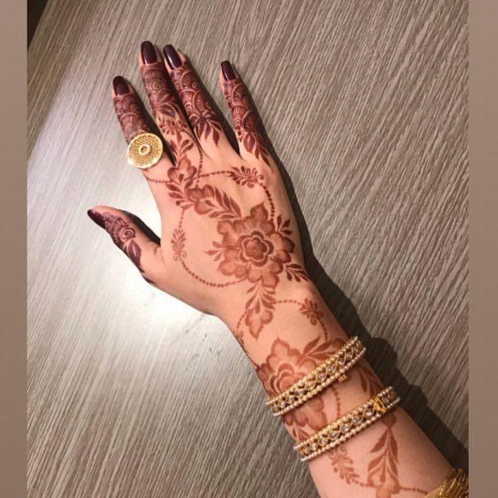 نقوش حناء On Instagram Follow For More Hena Vip حناء حنه حنا نقش نقشات نقشه نقش حنا نقشات Henna Hand Tattoo Hand Henna Hand Tattoos
