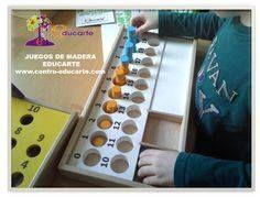 ¿Por qué los juegos de madera ayudan al niño amover? Porque el juego supone un movimiento de las piezas de madera para lograr el resultado que el niño quiere o que el reto propone. Porque el propio diseño del movimiento genera movimiento. Porque está creado para despertar la curiosidad, la capacidad de crear e inventar distintas estrategias.