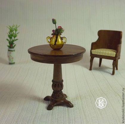 Кукольный дом ручной работы. Ярмарка Мастеров - ручная работа Столик на резной ножке. Handmade. Round table for dollhouse