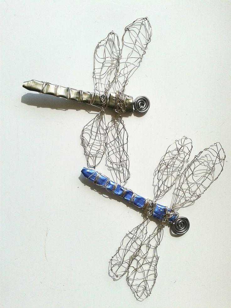 Dragonflies : 2014  Silverwire and alluminium waste Gea Andriessen  facebook.com/degroeneuil