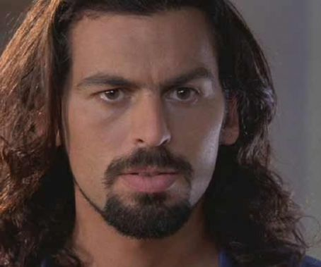 Long hair, short hair, facial hair or not - Oded Fehr is never less than smoking hot