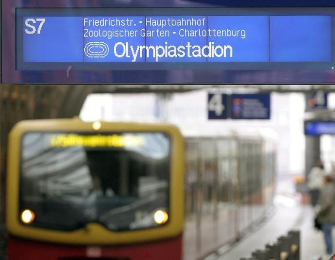 Fancy S Bahn Berlin Photography Pinterest Photography