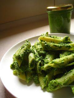 Szybkie gotowanie: Pesto szpinakowe ze słonecznikiem