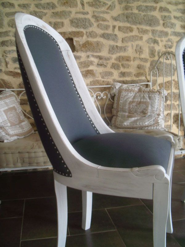 r novation et tapisserie d 39 un fauteuil avec un tissus gris et un galon pois peinture blanche. Black Bedroom Furniture Sets. Home Design Ideas