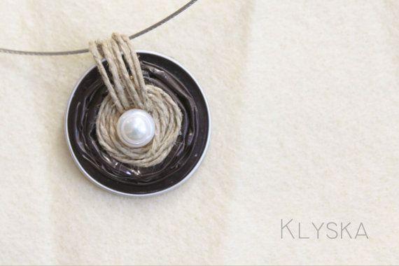 Pearls Linen Nest Necklace