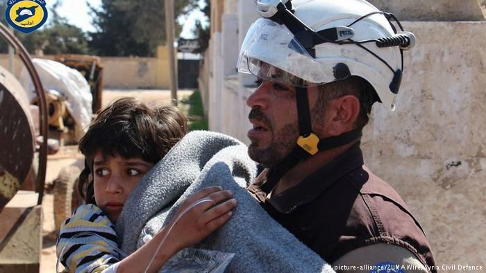 Amid chemical weapons attack fury, Israeli aid workers aim to help Syrian refugees