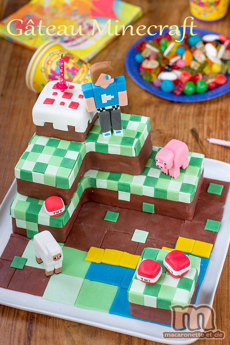 Après le gâteau plus conventionnel d'anniversaire pour le repas de famille dont je vous avais donné la recette précédemment, voici le gâteau...