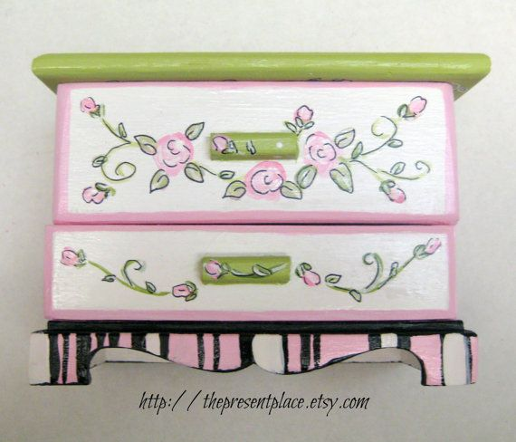 Personalized,hand painted Jewelry box ,pink, green,white,roses, personalized jewelry box, girl's jewelry box,kids jewelry box,gift for girls