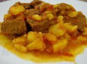 Ingredientes  (para 4 personas): Para freír la ternera: 70 grs. de aceite para freír la ternera Harina para rebozar la ternera 300 grs. de t...