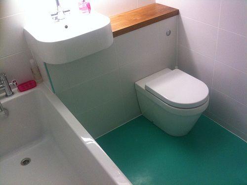 Dalsouple Rubber Flooring In Aqua In Bathroom