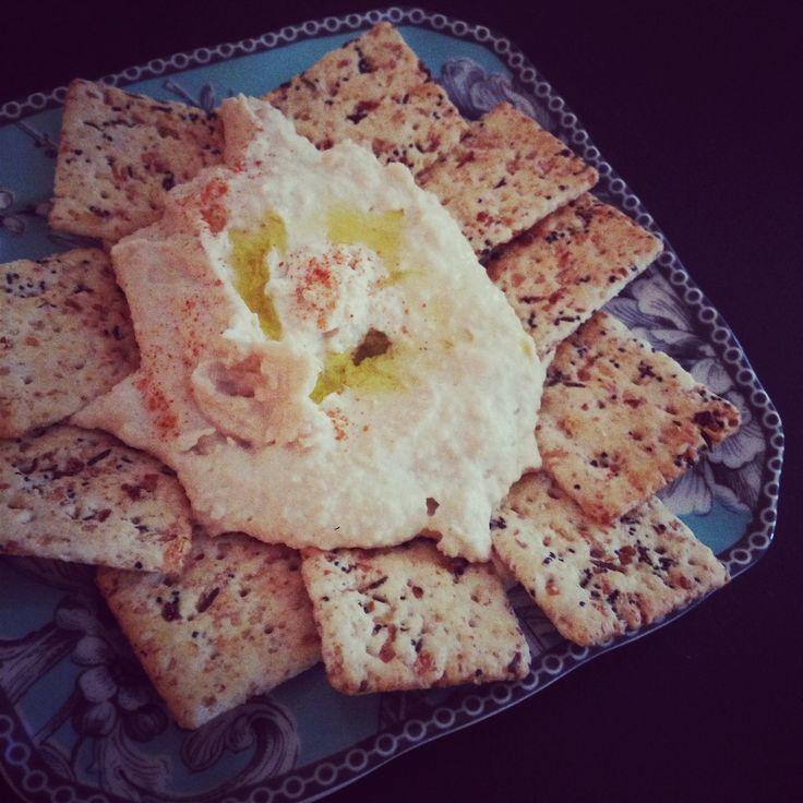 Creamy Lebanese hummus recipe