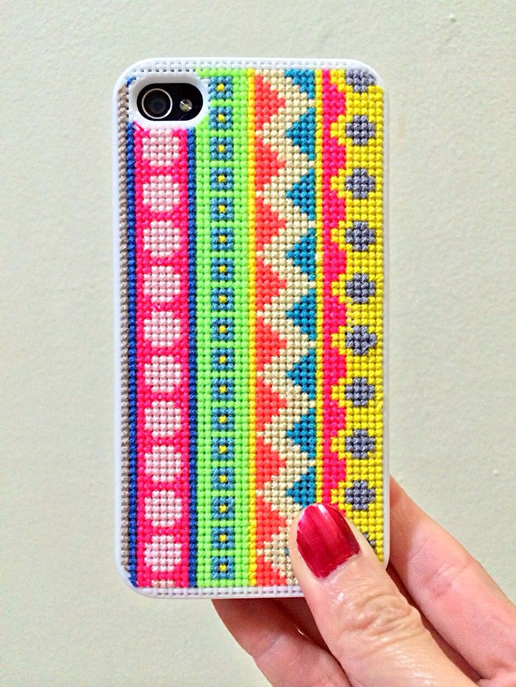 cross stitch iphone case Can't beat a handmade cross-stitched case for personalization! Let us know if you would like one made in your favorite colours! #diy #crossstitch #iphone #iphonecase #xstitch #accessory #crossstitchiphonecase