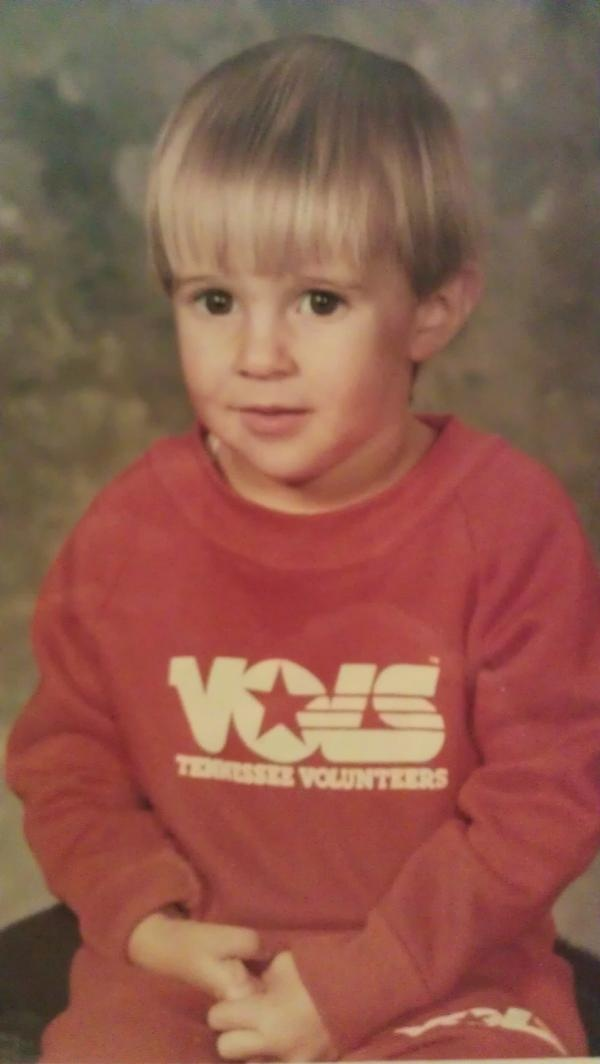 """@TNCodes: Proof that I was #VFL from my earliest days. Still got the clothes!"""