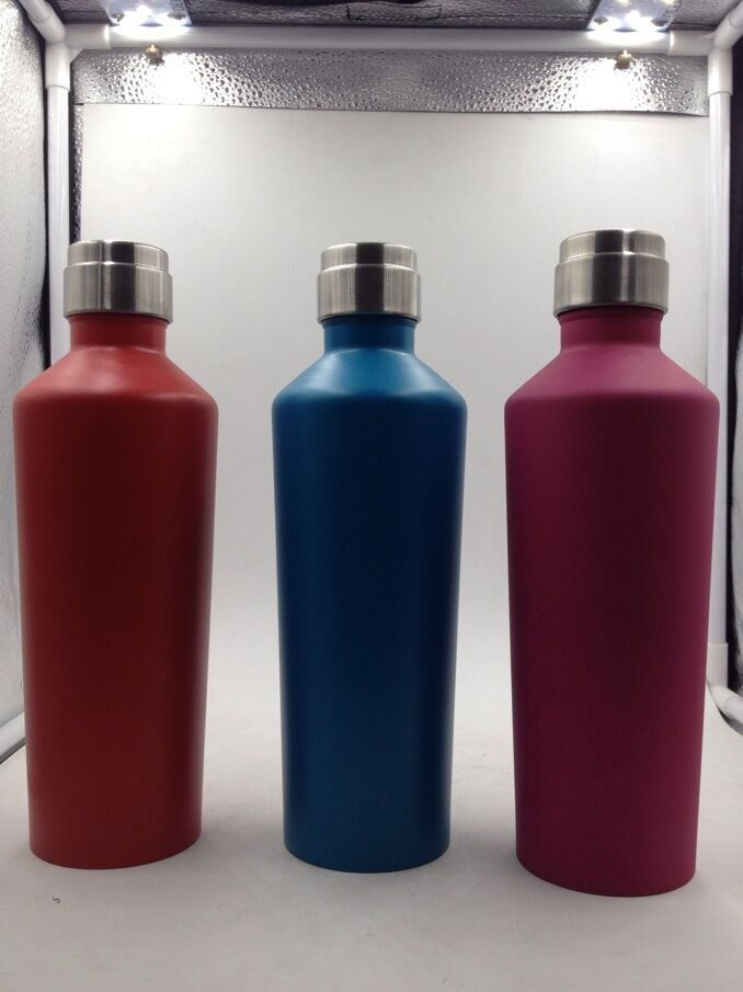 www.lltbottles.com Our water bottles wholesale red winde insulated bottle can hold a full bottle of red wine. It is made of high quality double wall stainless steel 18/8.