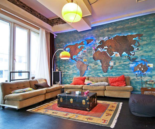 Beleuchtete Weltkarte fürs Wohnzimmer  Traumhaus ...