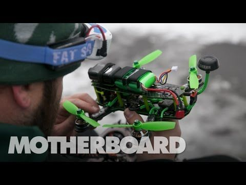 This Is How You Race a Drone in the Snow [Video] - http://www.yardhype.com/this-is-how-you-race-a-drone-in-the-snow-video/