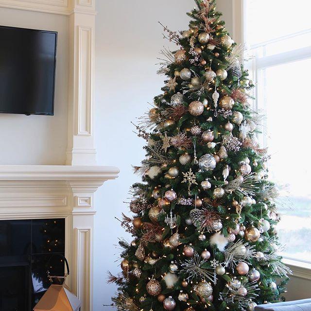 die besten 25 ros goldener weihnachtsschmuck ideen auf. Black Bedroom Furniture Sets. Home Design Ideas