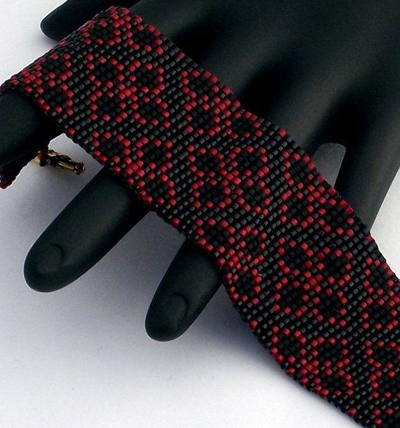 Maglia quadrata perline braccialetto broccato di NeatBeading