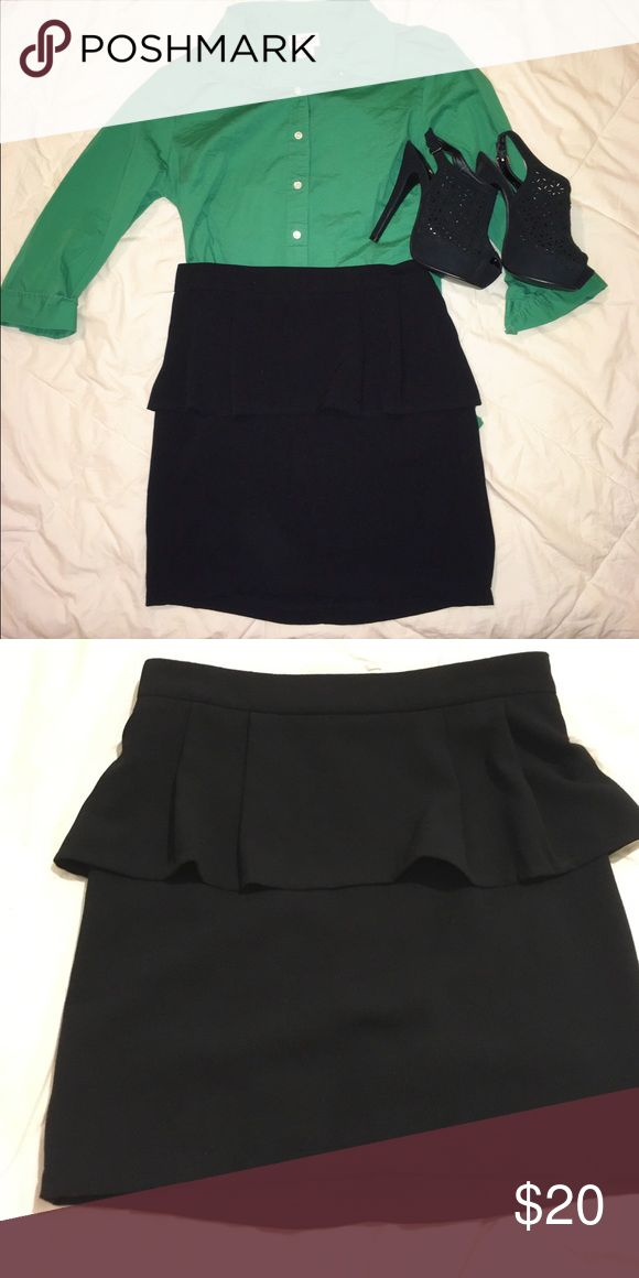 Black peplum  skirt Classy like new black peplum skirt. Size small would fit a size 2 or 4.  Cotton and lined.  Green J.Crew shirt and black heels also for sale ✅price negotiable✅ Skirts Pencil