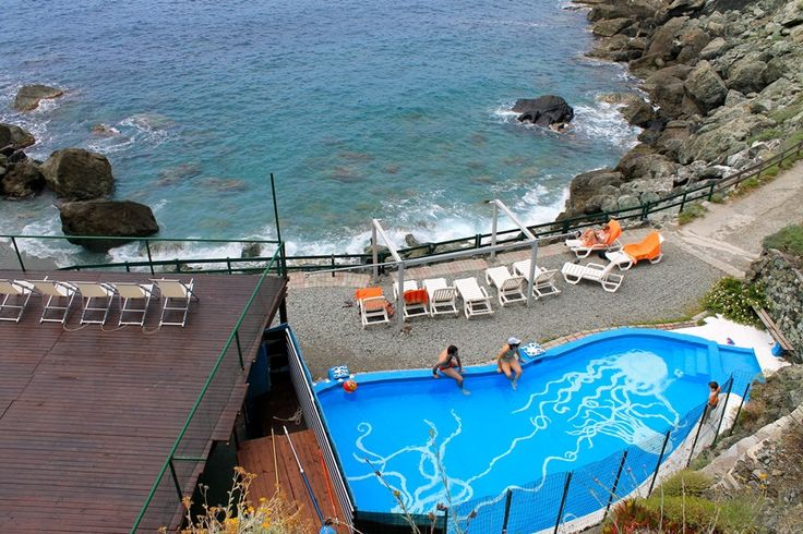 Perfect combination #pool and #beach of #cinqueterre