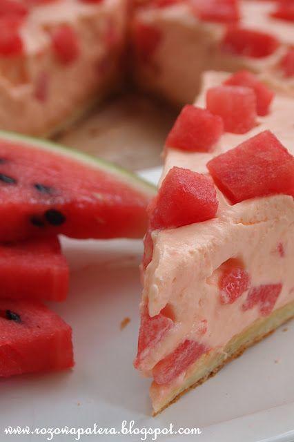 Ciasto z arbuzem i bitą śmietaną #arbuz #ciasto #bitaśmietana #mniam
