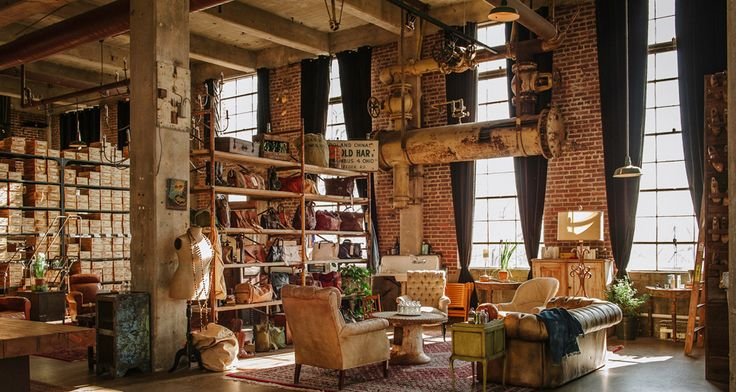 Peter Nappi Studio - Nashville-designed and Italian-made leather shoes - is located in the Germantown neighborhood of Nashville, Tennessee. #Nashville #MusicCity