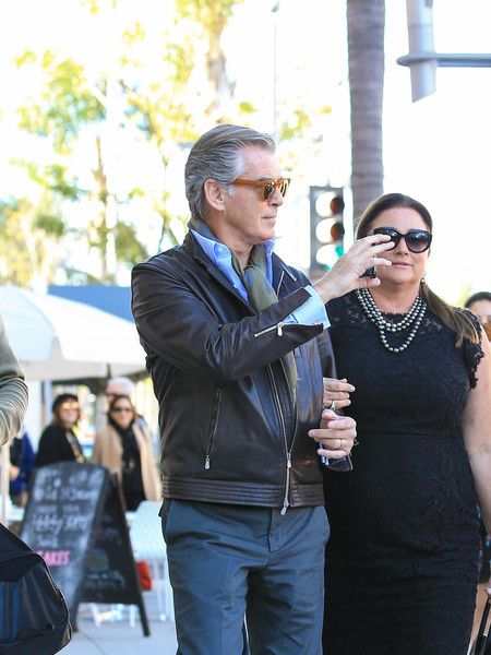Pierce Brosnan and Keely Shaye Smith Photos Photos - Pierce Brosnan and wife Keely Shaye Smith are seen out running errands on February 23, 2017. - Pierce Brosnan Runs Errands in LA