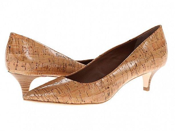 pantofi http://pantofi.fashion69.ro/pantofi-donald-j-pliner/p69389  mai multe oferte la https://www.pinterest.com/fashion69ro/pantofi/