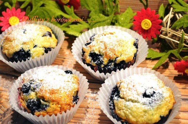 Smak, zapach, kolor...: Muffiny z mrożonymi borówkami