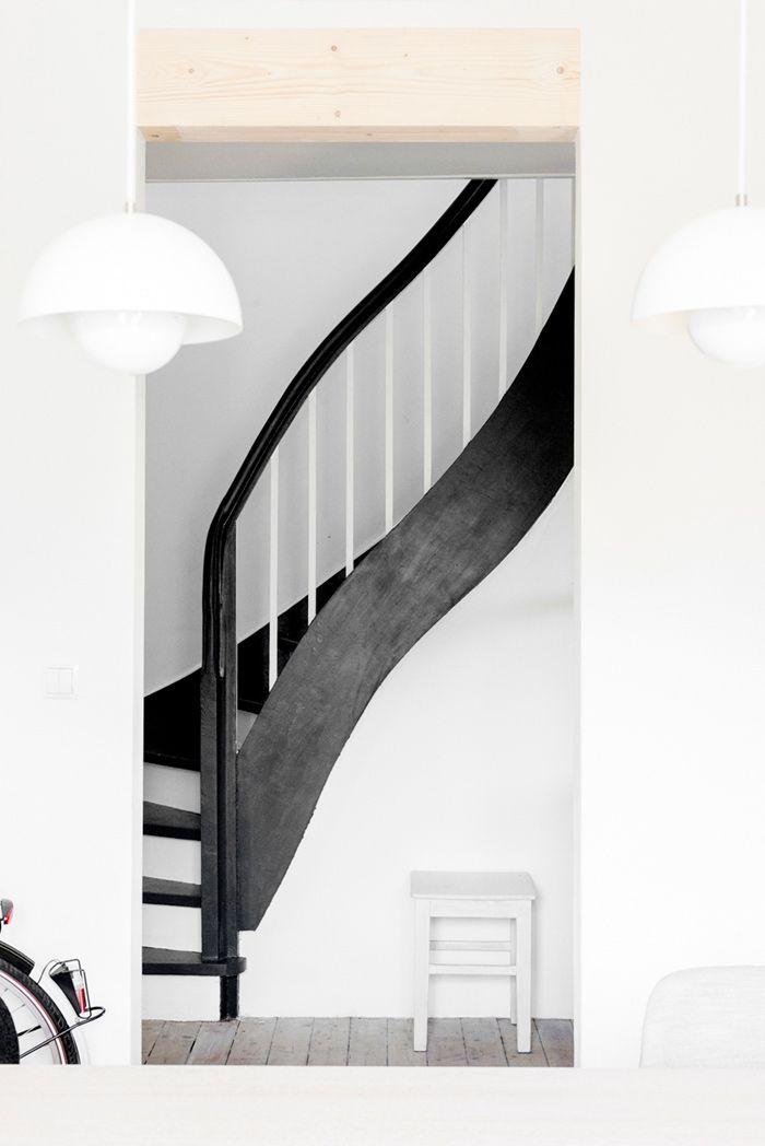 les 25 meilleures id es de la cat gorie cage d 39 escalier. Black Bedroom Furniture Sets. Home Design Ideas