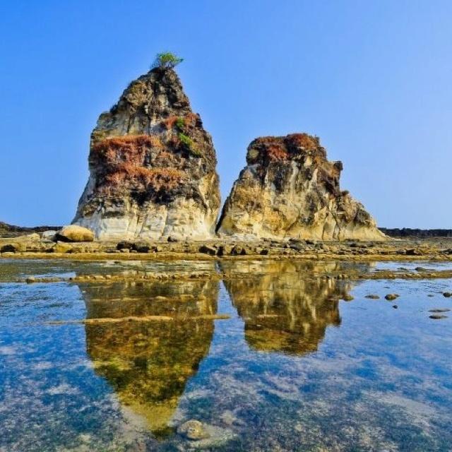 Tanjung Layar @ Sawarna Beach