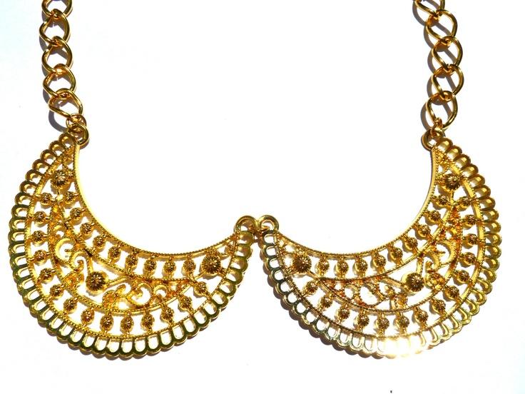 Collar Princesa    find us on Facebook: Las Marinas