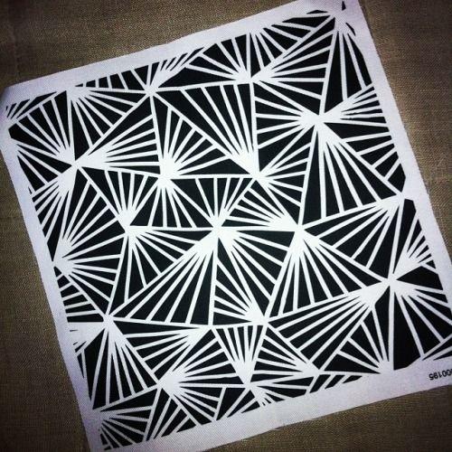 penandgravy.tumblr.com Fabric swatch/rag #fabric #pattern #monochrome #triangle #blackandwhite #pattern