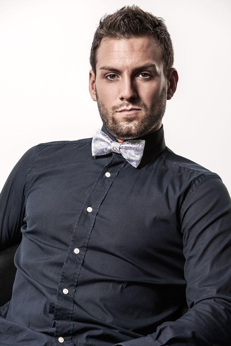 noeud papillon blanc pour homme, imprimé cachemire -  clipshirt MAXIME, sans tour de cou - accessoire de mode masculin CLIPSHIRT SPIRIT, fabriqué en France - attache par clips, directement sur le col de la chemise