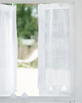 Transparente Vorhänge finden Sie hier - vossberg.de
