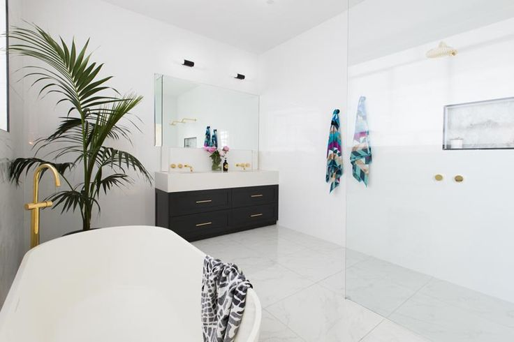 Julia & Sasha's Master Ensuite | The Block Shop