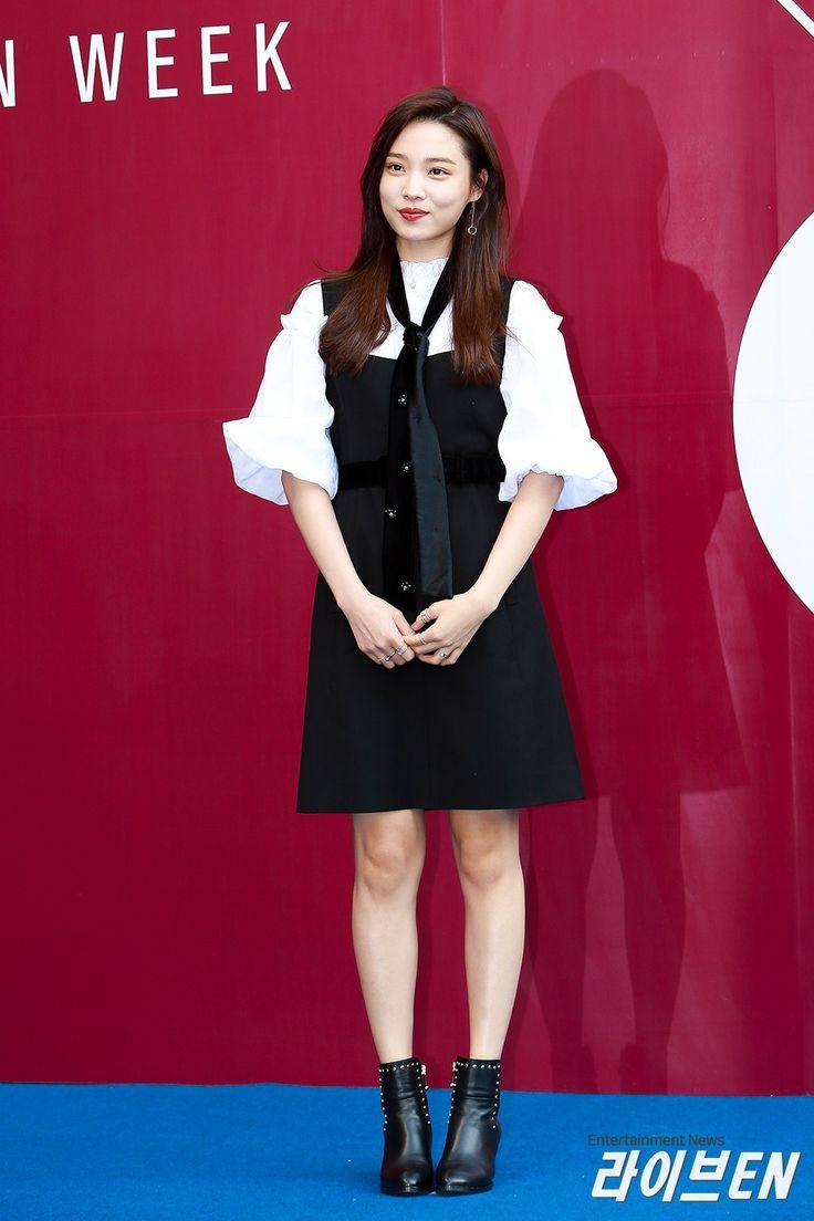171020 HERA Seoul Fashion Week 'Miss Gee Collection' #YOONSOHEE