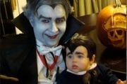 20 Amazing and Geeky Matching Parent/Child Halloween Costumes - Neatorama
