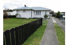 12 Pollen St, Priced well @ $119k Great garages, large kitchen dining & fully fenced
