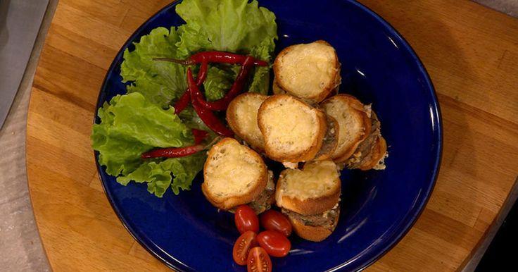 Сэндвичи с курицей и фасолевым пюре