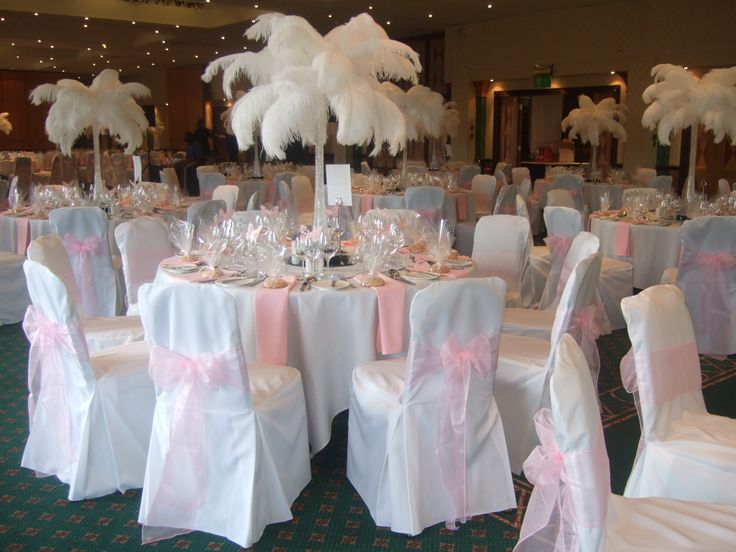 14 best images about ostrich feather event and wedding for Where can i find wedding decorations