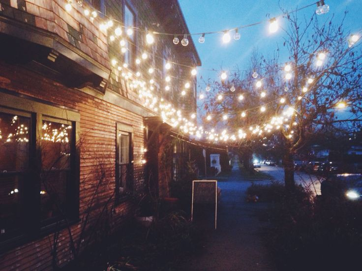 Pretty lights and cute cafes #eastvan